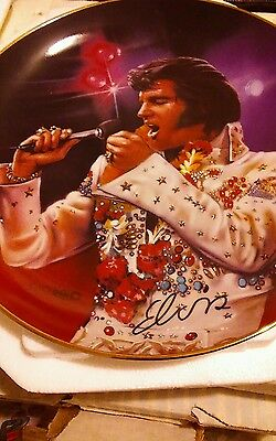 """The Bradford Exchange """"remembering Elvis"""" Collectible Plate """"the King"""""""