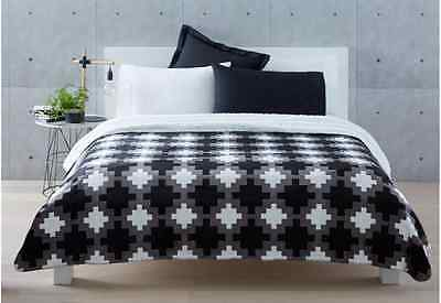 Luka Printed Plush Sherpa  Blanket - Black White & Grey - Double / Queen Bed