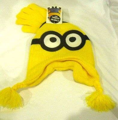 8629da2dc77 Despicable Me 2 Dave Minion Peruvian Reversible Beanie Knit Hat and  gloves-New!