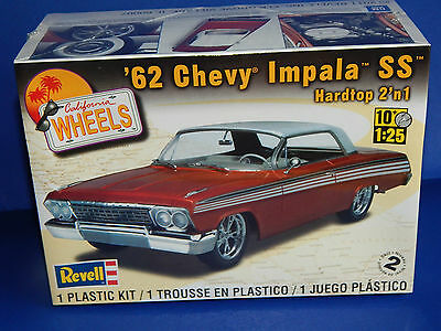 Revell 1962 '62 Chevy Impala SS Hardtop  2-IN-1 Plastic Model Kit 1/24