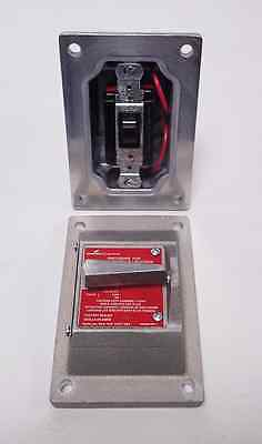 Brand New Cooper Crouse-Hinds Dsfs933 Sa Explosion-Proof Snap Switch Cover