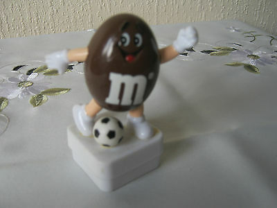 M&m M&ms Happy Brown Soccer Player Topper