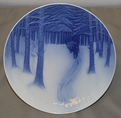 "Annual Bing & Grondahl Christmas Plate 1913 ""Bringing Home the Yule Tree"""