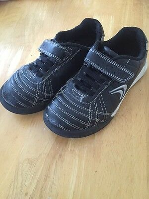 Little Boys Clarks Trainers Size 9 1/2 G In Good Condition