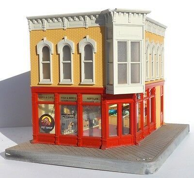 MTH Lighted PET SHOP - O Scale