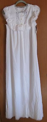 VINTAGE SLEEVELESS LONG ROBE in WHITE DOTTED SWISS COTTON by HILTON, size 10