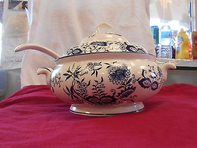 """ENESCO 3 Piece SOUP TUREEN LID AND LADEL  Blue and White Transferware JAPAN 12 """""""