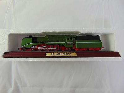 DR 18201 Pacific Model Locomotive not Hornby ideal gift