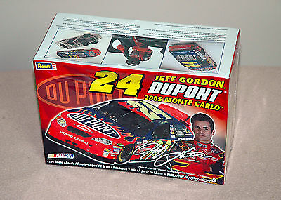 Revell | 24 JEFF GORDON DUPONT 2005 MONTE CARLO | 1:24 SCALE | FACTORY SEALED