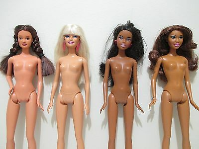 Barbie lot of 4 barbie dolls used in great condition lot # 1