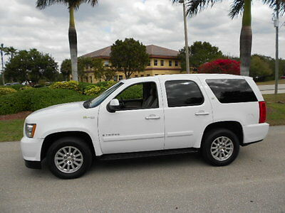 2008 Chevrolet Tahoe Hybrid Sport Utility 4-Door 4X4 FLORIDA 2008 CHEVROLET TAHOE HYBRID 4X4 1-OWNER! NAV-DVD-SUNROOF-REAR BACK-UP