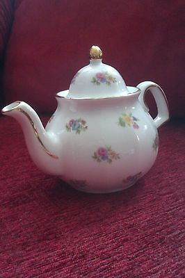 Wade, Small Teapot, Regency Collection
