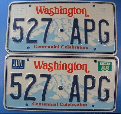 1988 Washington Car License Plate Pair 527-Apg                            Ul3826