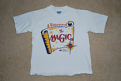 Disney Cruise Line Discovered The Magic Youth T-Shirt Size M Medium 10/12