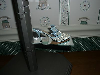 1999 -Just The Right Shoe -Raine Collection-Frosted Fantasy Figurine-Good Cond.