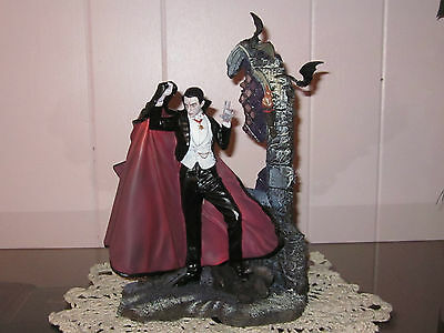 Universal Monsters Bela Lugosi as Dracula Franklin Mint Decorative Collectible