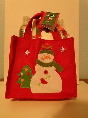 Holiday Christmas Bath Set Shower Gel Gifts Snowman Red bag