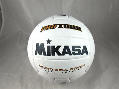 Fabulous  Barely Used MIKASA VQ20 ProTour Micro Cell Cover All-Terrain Volleybal