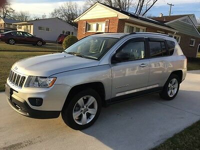2011 Jeep Compass  2011 Jeep Compass with Latitude Options Package