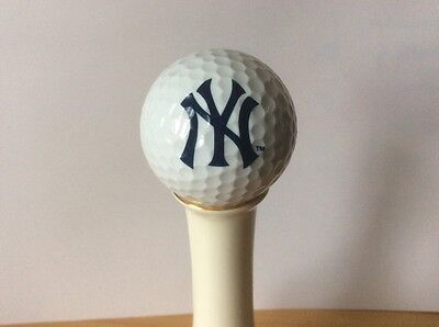 Collectable golf ball New York Yankees insignia