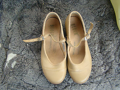 girls size13 brown leather BLOCH tap shoes vgc