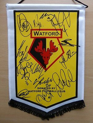 2013-14 Watford Official Pennant Signed by 1st team squad inc Troy Deeney (9532)
