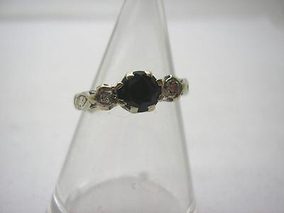1930s 18ct Gold Sapphire& Diamond 3 Stone Ring size G very small size