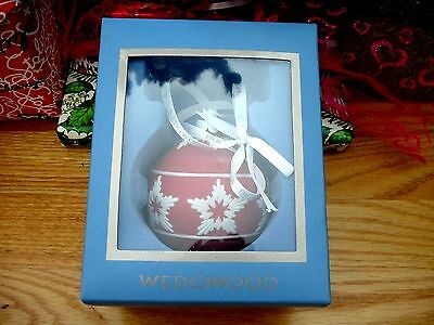 Lovely Wedgwood Jasper Neo Classical Christmas Red Hanging Bauble Ornament EC