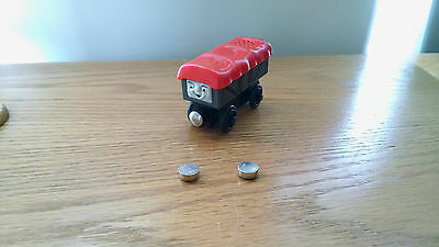 Giggling Troublesome Truck w/Batteries Thomas & Friends Wooden Railway System