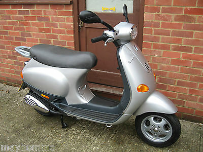 2007 VESPA ET4 50cc ONLY 764 MILES AND LONG MOT! READY TO GO TODAY! BARGAIN!