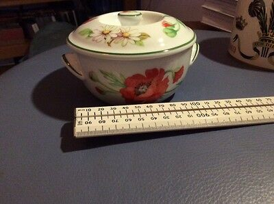 royal worcester Poppies design small lidded dish