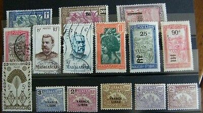 Lot Timbres Colonies  MADAGASCAR