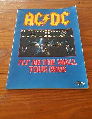 Very Rare Ac Dc 1986 Fly On The Wall Tour Concert Program Book