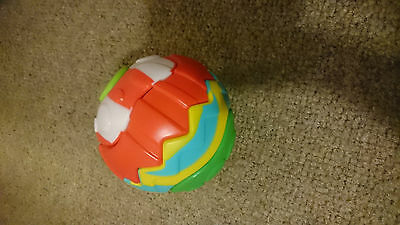 Baby Plastic sorting puzzle rattle ball great clean condition