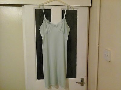 Vintage Galaxy Ladies Green Full Slip Size 38 Inch Chest  Collectable