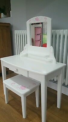 Girls Dressing Table - Pintoy
