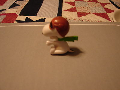Vintage 1966 Snoopy Figurine Nice 2 1/2 Inches Tall