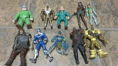 10 Action Figures Lot Marvel Super Heros WWE Power Rangers Dick Tracey Robin