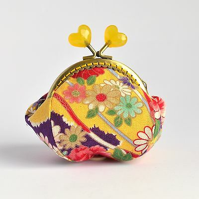 Hand crafted collectable Japanese coin purse with 8.5cm bead kiss lock frame
