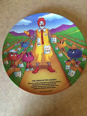 "1989 MCDONALD'S PLASTIC DINNER PLATE 9.5"" INCH Ronald & THE FRENCH FRY GARDEN"