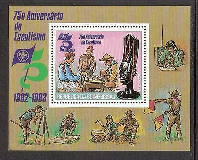 Chess Schach 1982 Guinea Bissau Mi BL 215 Scouts play chess