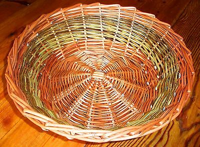 Make this Willow Table Basket: a weaving kit for complete beginners..
