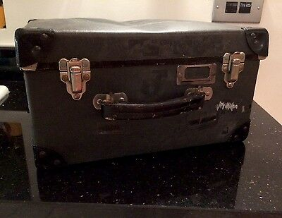 Vintage Hat Box Carrying Case. Perfect For Display.  Small Luggage