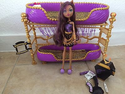Monster High Dead Tired Clawdeen Wolf Doll & Bed Playset First Wave