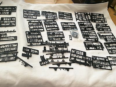 00 GAUGE 4mm SCALE VERY LARGE LOT OF SLATERS/PARKSIDE UNDERFRAME KITS ETC