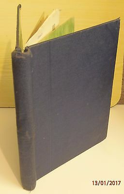 OLD SPRINGBACK STAMP ALBUM with approx 450 worldwide stamps
