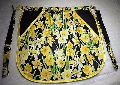 Hand Made: Easter Daffodils :pocket Apron Pegs/knitting/crochet/baking/gift