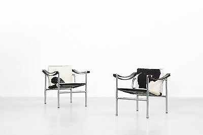 2x LC 1 Lounge Chairs by Le Corbusier for Cassina danishdesign Mitcentury