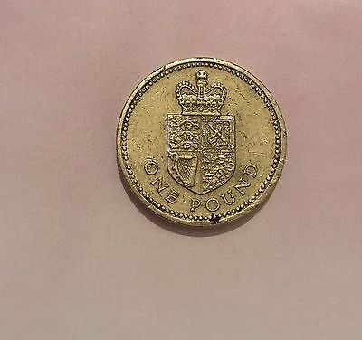 £1 Coin Shield Of The Royal Arms 1988 - One Pound - Rare