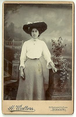 Victorian cabinet card photo young woman large Hat Ipswich photographer